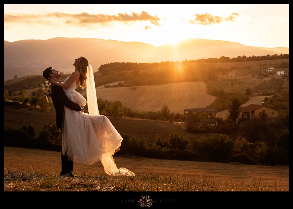 Bride and Groom embrace after their beautiful wedding in Italy // DESTINATION WEDDING PHOTOGRAPHY